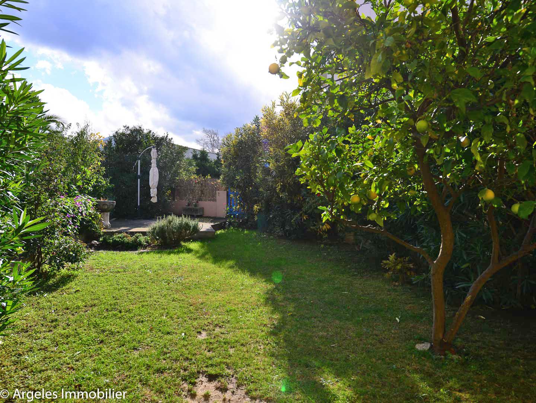 Vente achat appartement 2 pieces avec jardin a vendre a for Achat appartement jardin